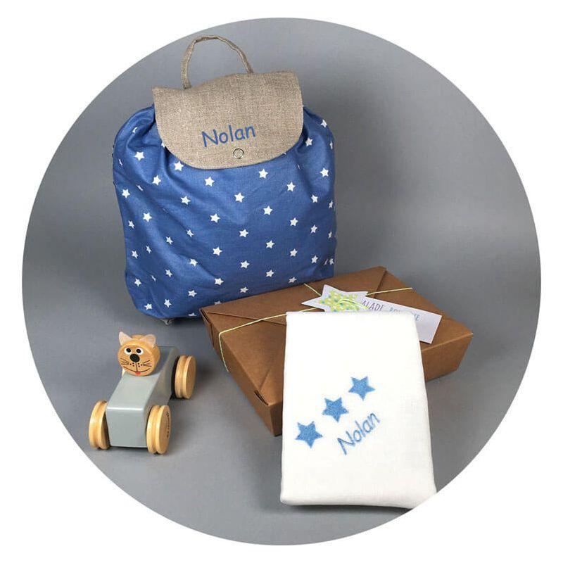 coffret naissance gar on etoiles bleues utile au quotidien. Black Bedroom Furniture Sets. Home Design Ideas