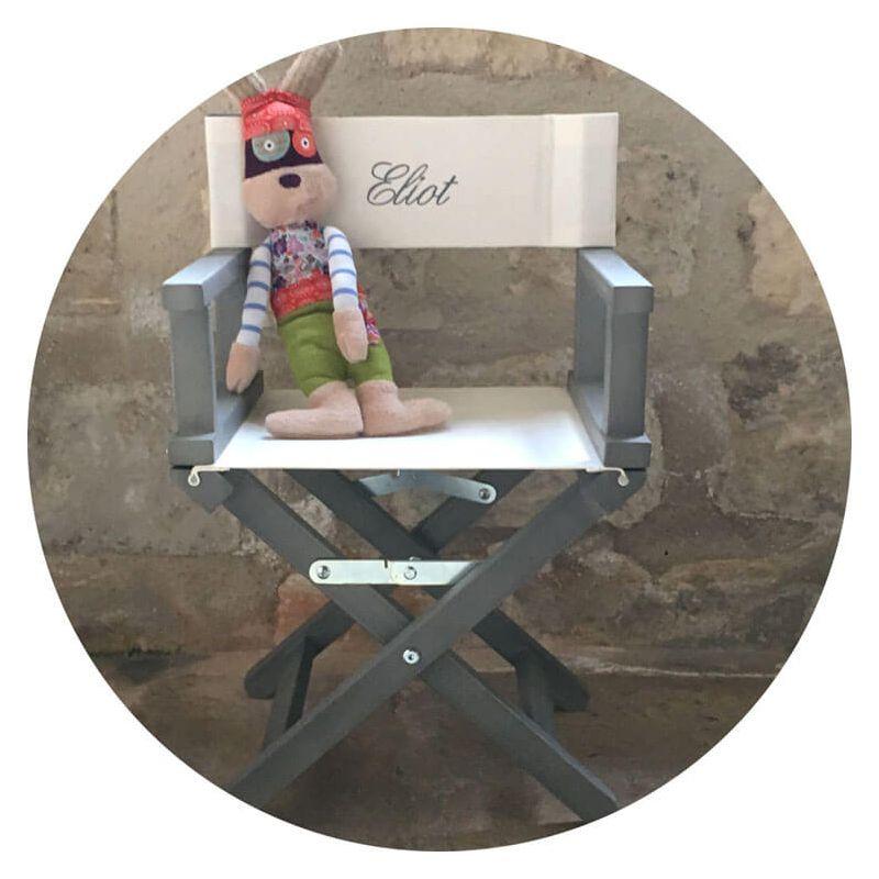 un fauteuil enfant personnalisable par le pr nom de votre. Black Bedroom Furniture Sets. Home Design Ideas