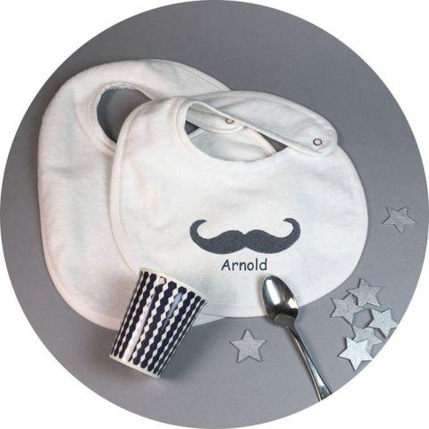 bavoir-moustache