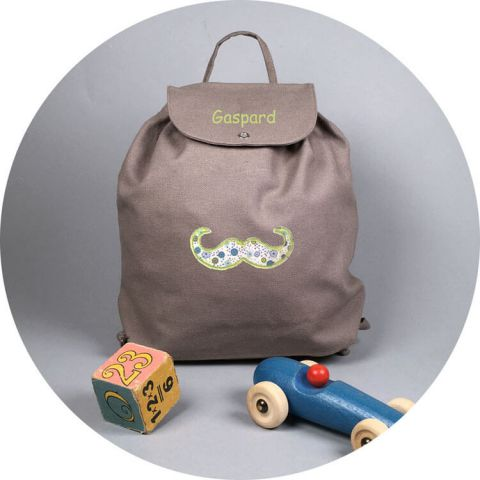 sac-a-dos-maternelle-taupe-moustache